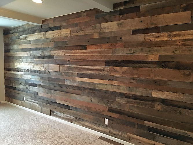 Installing A Reclaimed Barnwood Accent Wall Is Super Easy With Paneling From Georgia We Ve Had Dozens Of Homeowners Plan And Install